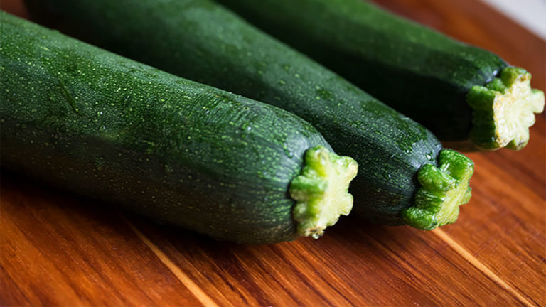 Easy Recipe Low-Carb Dinner While Feeding the Family: Zucchini Instead of Potato Hash