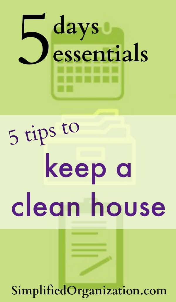 These 5 quick tips will help your house keep itself clean. Do them every day and you'll have a chaos-free home in no time.