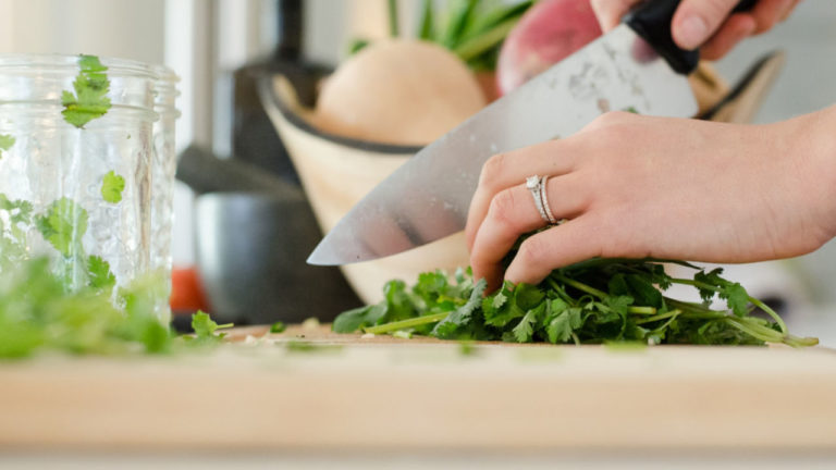 How to enjoy cooking more – 3 dinner time tips